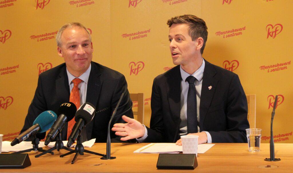 Hans Olav Syversen og Knut Arild Hareide på pressekonferanse