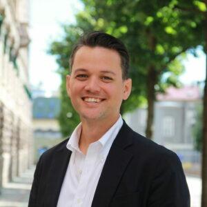 Julian Farner-Calvert statssekretær