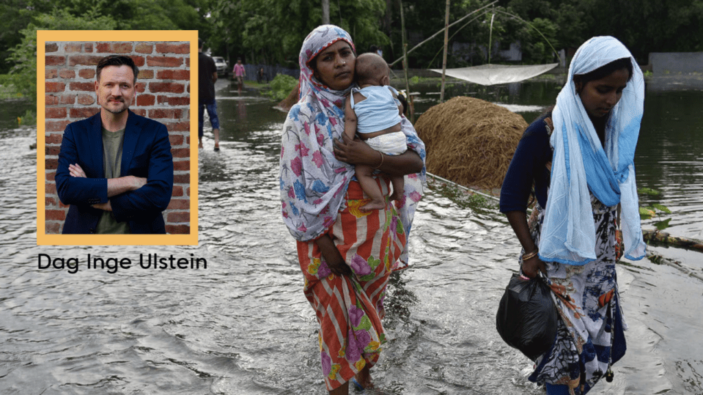 Bilde av asiatiske kvinner som bærer eiendeler og et barn over et oversvømt område, med innfelt bilde av av Dag Inge Ulstein
